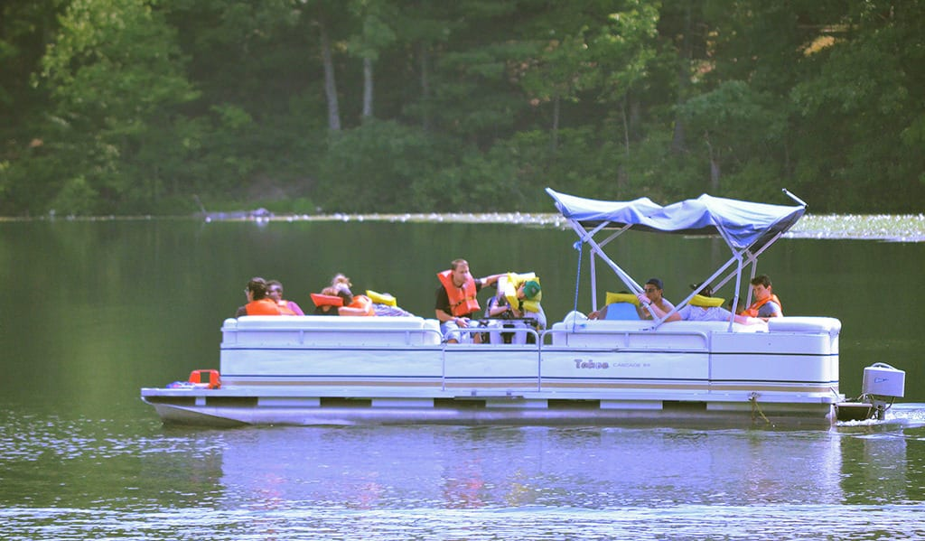 camp-anne-boating